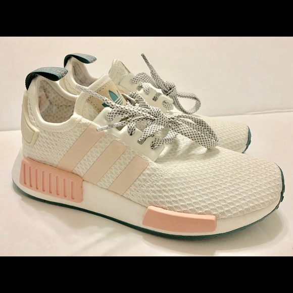 check out 0bac3 d26b1 Adidas Womens NMD-R1 W Shoes, Size 7, White/Pink NWT